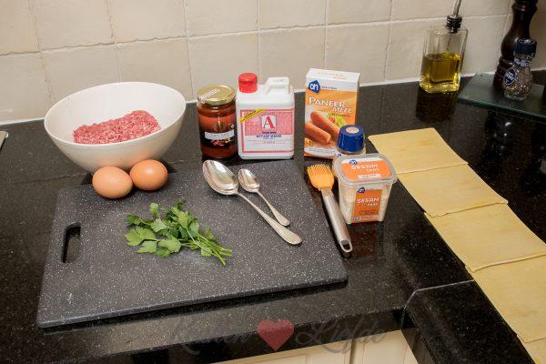 Mini saucijzenbroodjes (kookvideo)