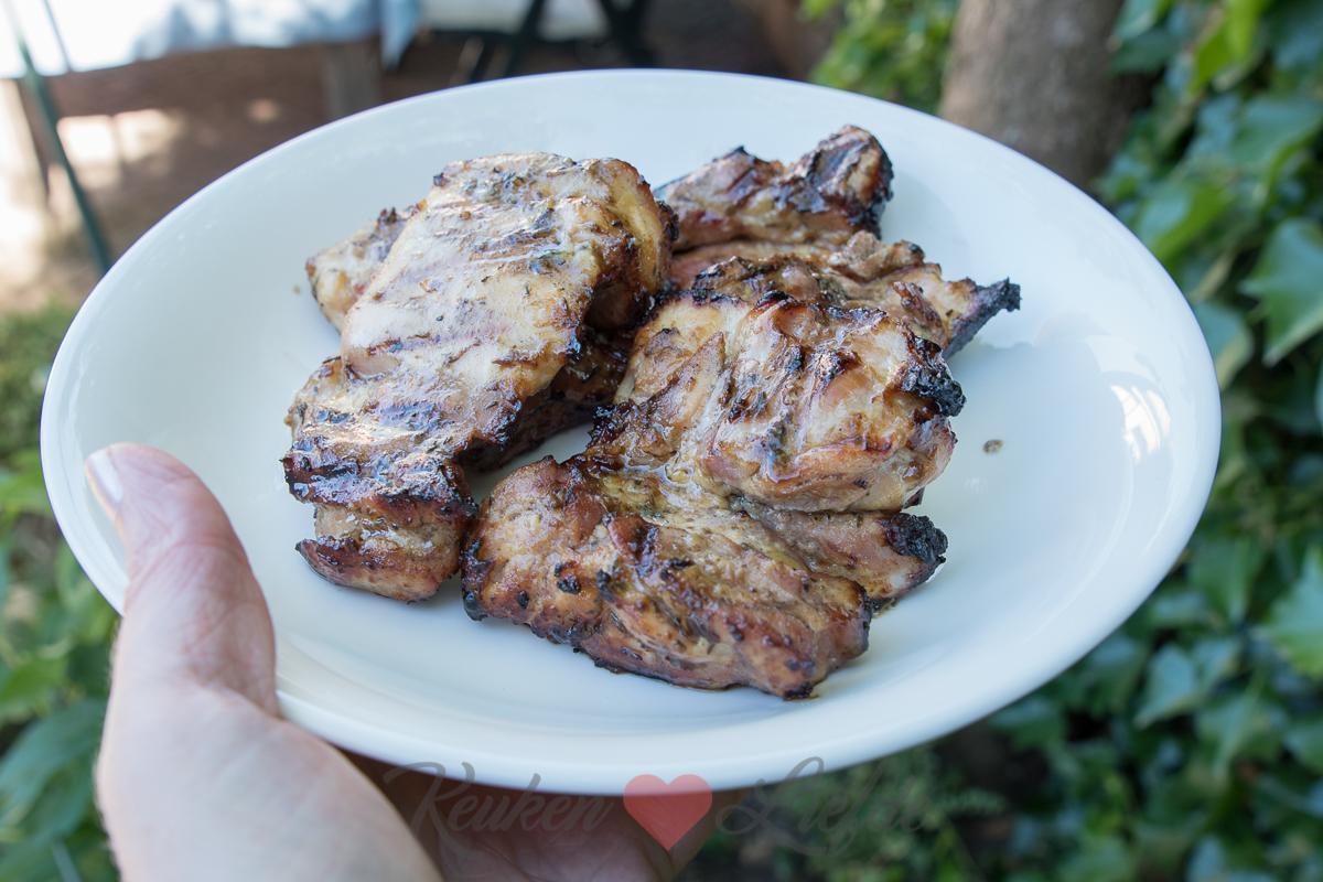 Honing-mosterdkip van de barbecue
