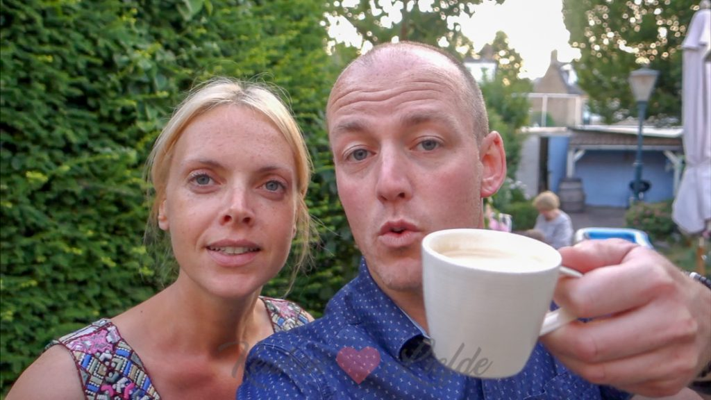 Endless summer met cocktails, borrelplankjes en amandeltaart - weekvlog #26