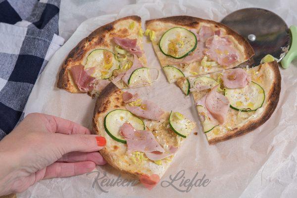 Tortizza met courgette, prei en ham
