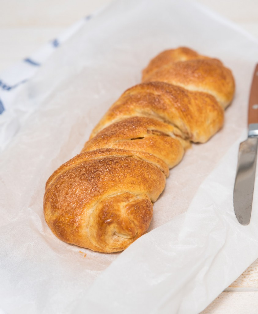 Croissantbrood met appel en kaneel