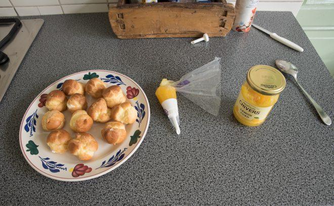 Slagroomsoesjes met lemoncurd