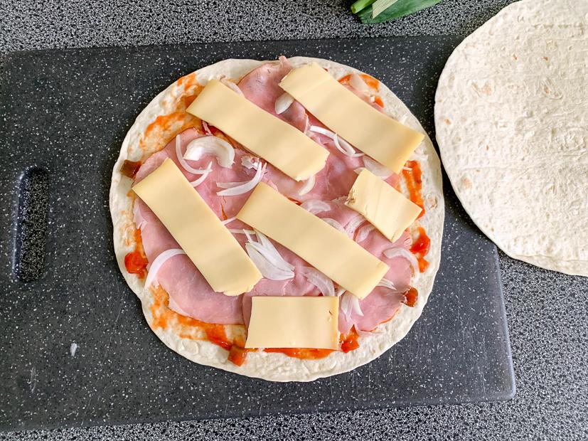 Quesadilla met ham en kaas