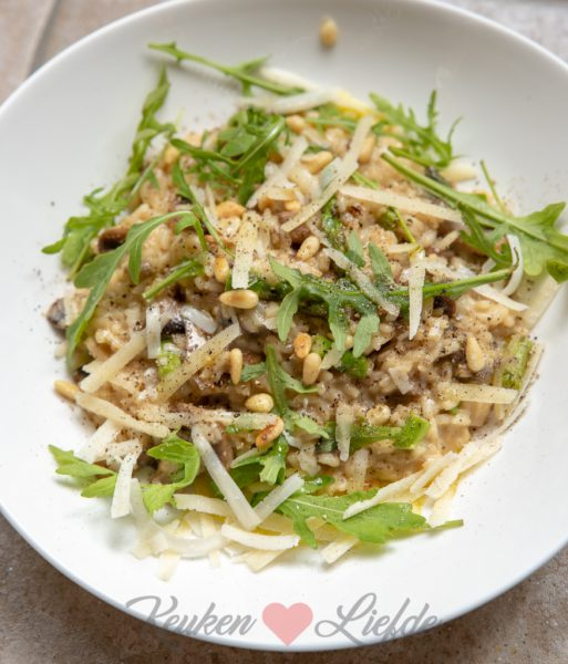 Risotto met champignons en groene asperge