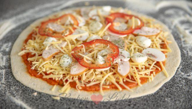 Pizza bakken in een houtoven: tips en trics + recept