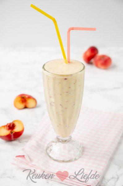 Perzik milkshake
