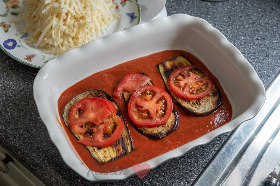 Aubergine ovenschotel met mozzarella en parmezaan (Vega)