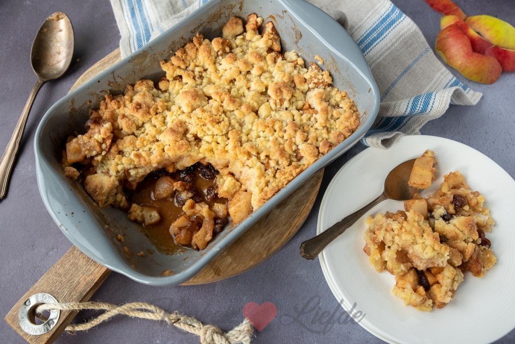 Appel en peer crumble uit de oven