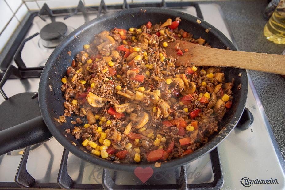 Enchiladas met gehakt en groenten