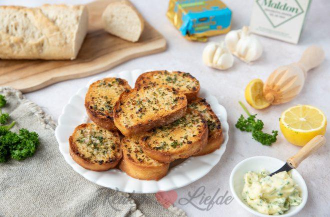 Stokbroodjes met knoflookboter
