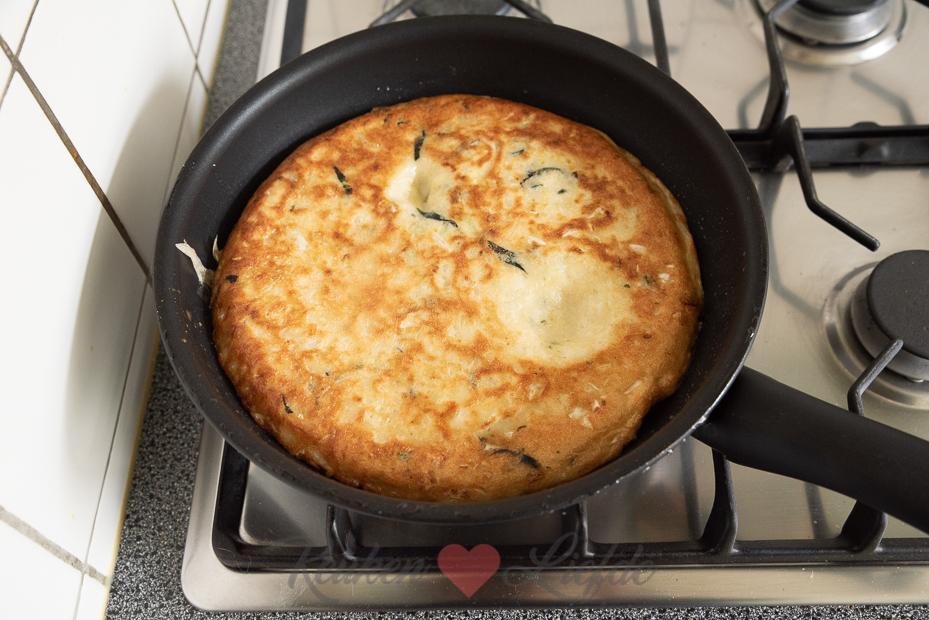 Japanse pannenkoek met witte kool