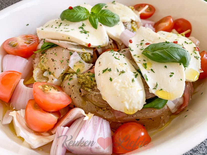 Gevulde kip met pesto en mozzarella