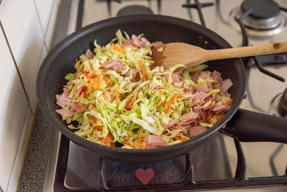 Bladerdeeg loempia met ham
