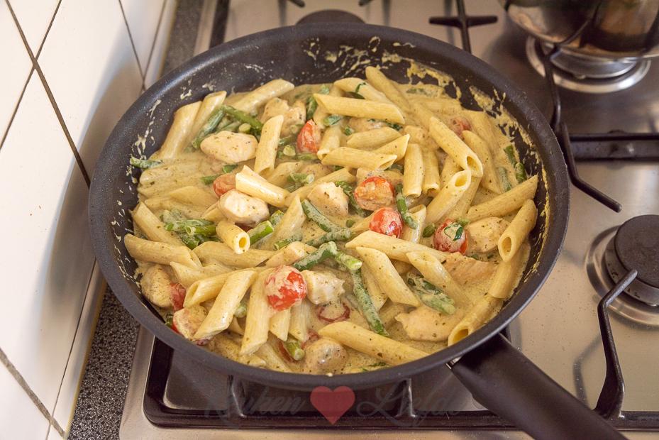 Pasta pesto met kip en sperziebonen