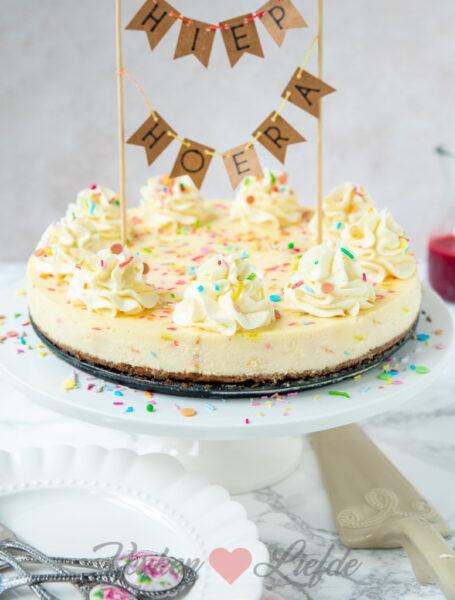 Confetti cheesecake