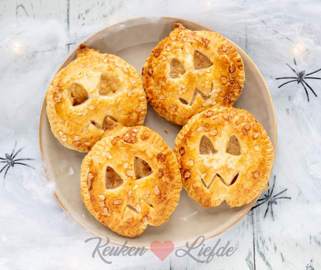 Halloween appelgebakjes