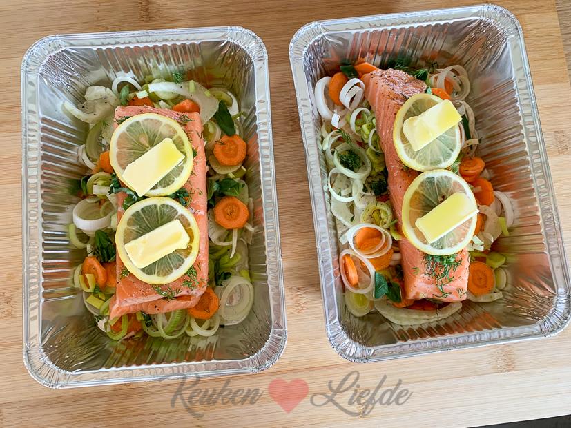 Zalm met groenten van de barbecue