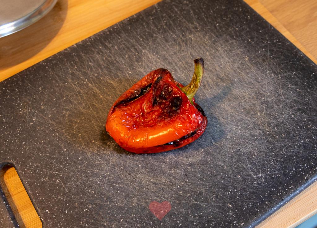 Flammkuchen met zalm, courgette en paprika